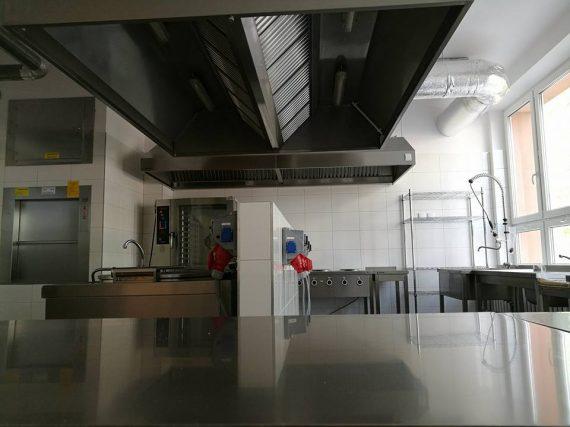 Kuchnia z meblami ze stali nierdzewnej Białystok