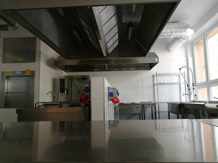Kompleksowe wyposażenie kuchni w lokalu gastronomicznym w Białymstoku